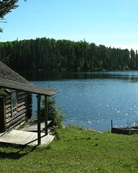 Lodging by the Lake