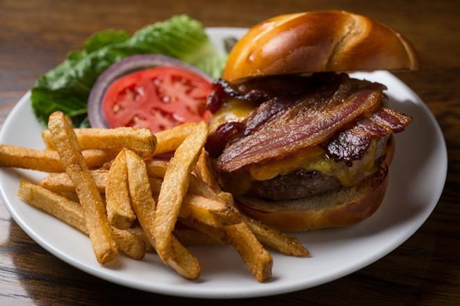 kitchen_burgers.jpeg