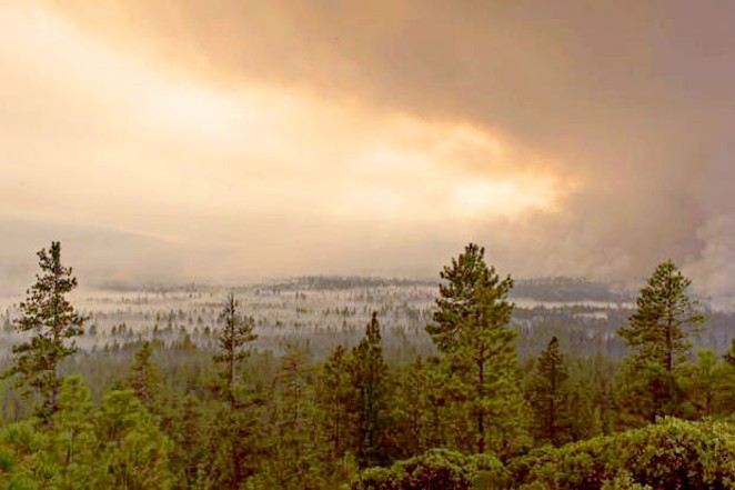 Smoke fills the air during the 2017 Milli Fire near Sisters. - WIKIMEDIA COMMONS