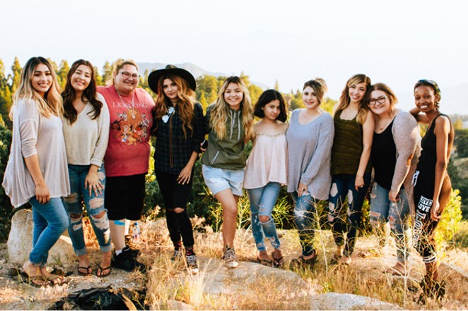 Central Oregon has plenty of options for teens, moms and more to get together, find some community and make a difference. - UNSPLASH