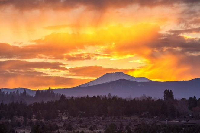 @tonitstop knocked it out of the park with this shot of Mt. Bachelor, shared by @bendphototours!  Tag us in your beauty shots @sourceweekly for a chance to be featured here and in the Instagram of the Week in the Cascades Reader. - @TONITSTOP / INSTAGRAM