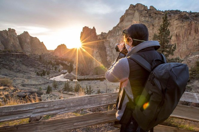 We just can't get enough of the beauty of this big rock! Thanks for sharing your sunbursts at Smith Rock with us @bendphototours. Tag us @sourceweekly for your chance to be featured here and in the Cascades Reader, our daily digital newsletter. - @BENDPHOTOTOURS / INSTAGRAM