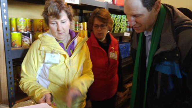 Senator Wyden touring Bend's Giving Plate, a food bank serving 20,000 monthly. -