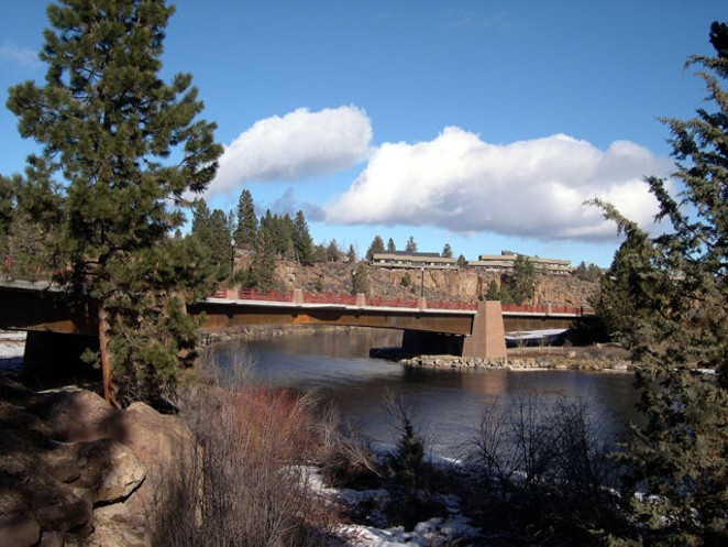 THE CONTESTED SOUTHERN BRIDGE CROSSING EVENTUALLY WAS BUILT AND BECAME THE BILL HEALY MEMORIAL BRIDGE