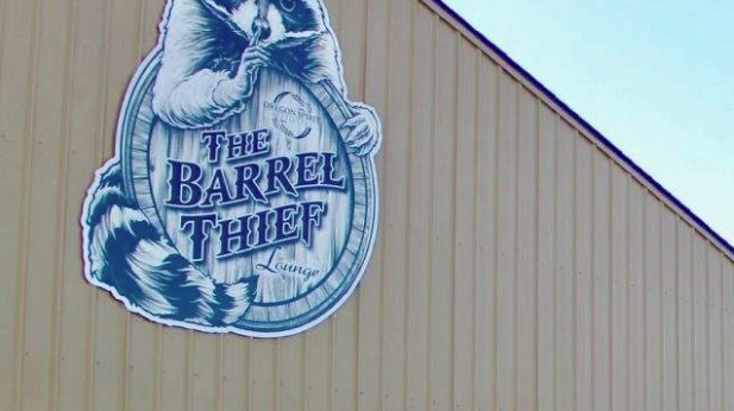 BARREL THIEF LOUNGE