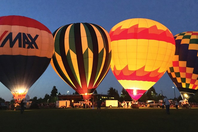 Balloons Over Bend night glow. - SUBMITTED