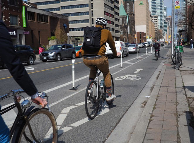 Safe cycling in Toronto, Canada - FLICKR
