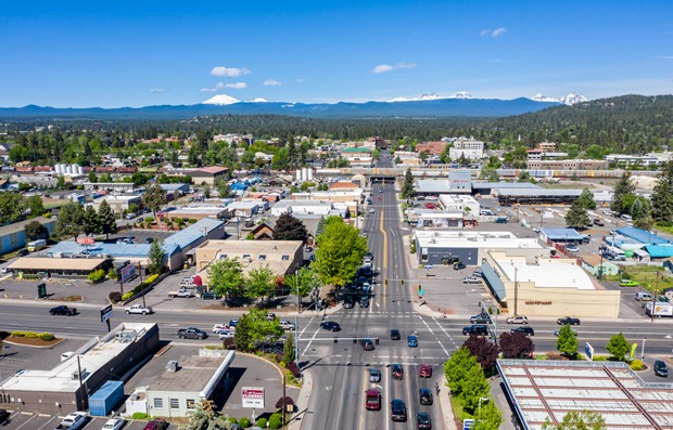New First Friday & Picnic in Prineville