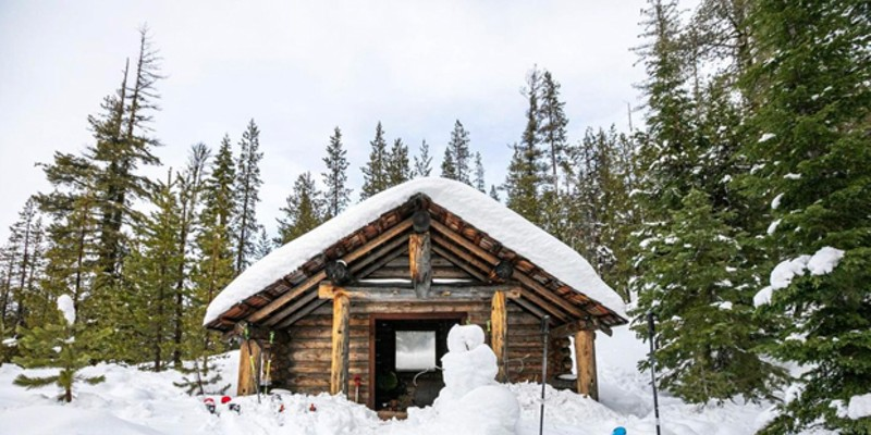 Fun shot of the Edison Sno-Park shelter, from @iamerica4! Tag us on Instagram @sourceweekly for a chance to be featured here, and in the Instagram of the Week in our Cascades Reader newsletter!