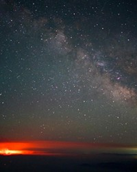 @alexis_vaughan went out to capture the Milky Way and ended up with a shot of the Bootleg wildfire as well. Thanks for sharing and stay safe out there! Tag us @sourceweekly for your chance to be featured here and in the Cascades Reader. Plus, get a free print from @highdesertframeworks!