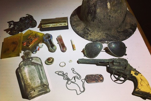 Are you missing any of these items? They were all found in the Deschutes riverbed. - LOOT THE DESCHUTES