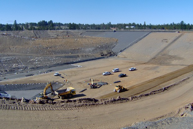 Ground preparations in 2007 for bottom cell at the Knott Landfill, in Bend, Oregon, for disposal of unrecyclable solid waste for Deschutes County. Later stages will add linings and piping to prevent leeching of hazardous waste/gases into ground water and atmosphere as the landfill grows. - WIKIMEDIA COMMONS, TEQUASK