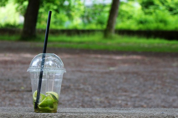 Plastic cups in Oregon will ride to the rescue if legislation pouring to-go cocktails becomes law. - PIXABAY