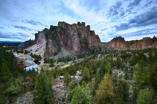 Despite the pandemic, Smith Rock State Park saw 727,656 visits in 2020. - PIXABAY
