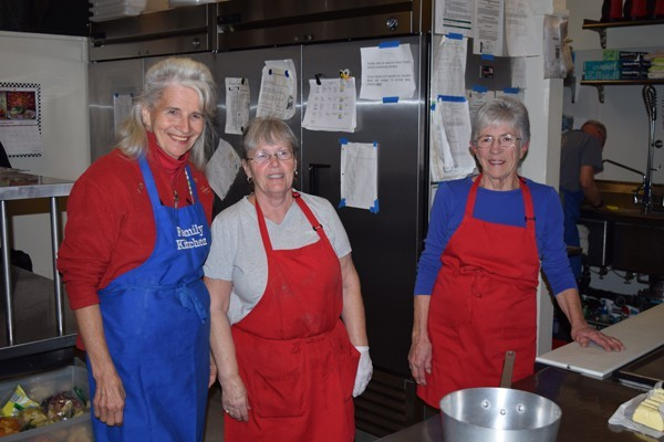 Group of Family Kitchen volunteers.