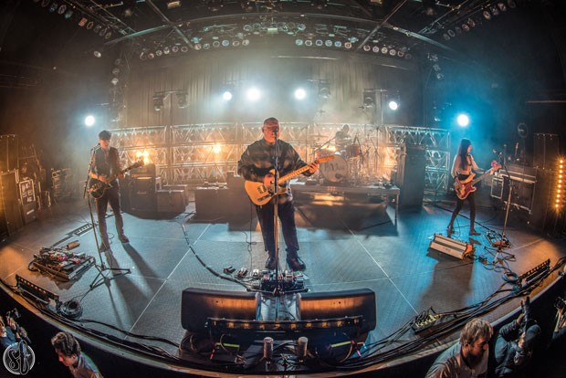 Pixies stopped making setlists long ago. Now, they call out the next song to each other on stage. - TRAVIS SHINN