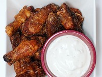 Wing Wednesday at Pop's