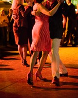 ec626380_couple_dancing1.jpg