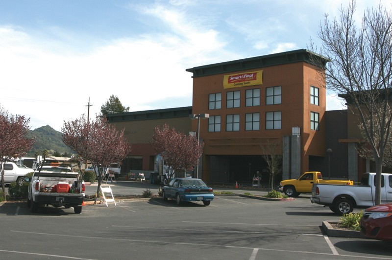 CIRCUIT BREAKER Smart & Final may be the only store to take advantage of Santa Rosa's 'food desert' designation. - RACHEL DOVEY