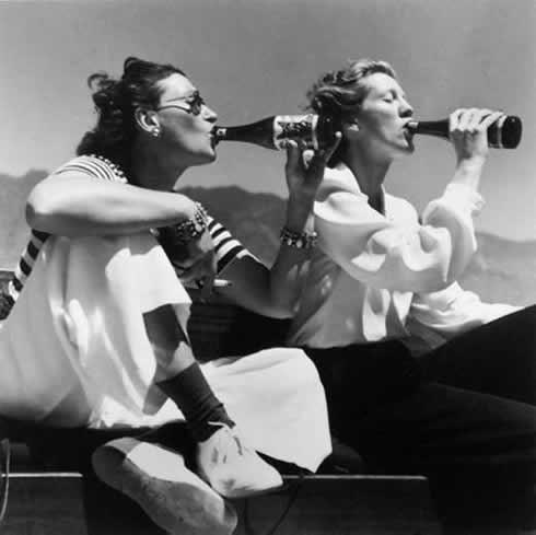 women-drinking1.jpg