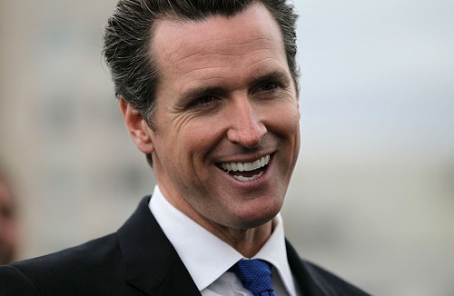 San_Francisco_Mayor_Gavin_Newsom_Announces_MjgHhd-LzDvl.jpg