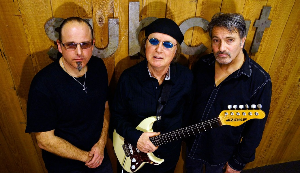 kim_simmonds_and_savoy_brown_2013.jpg