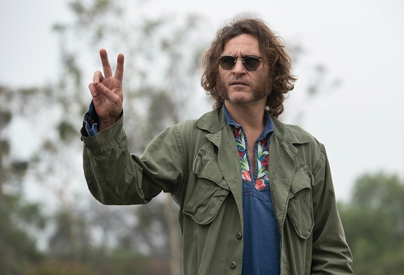PEACE OUT Joaquin Phoenix plays a scruffy detective on the trail of bad guys.