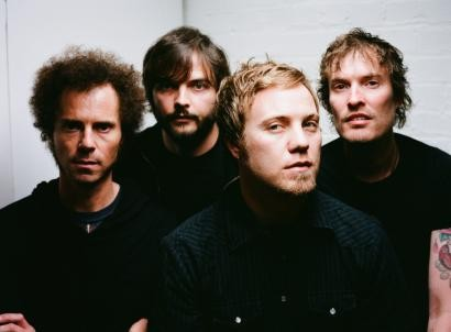 rogue_wave_tours_europe_adds_more_us_dates_410x302.jpg