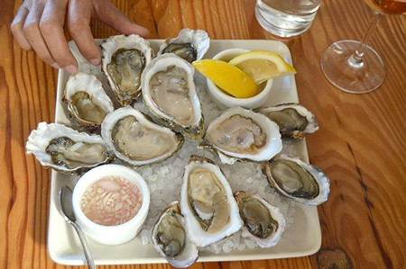 WHEN IN ROME A meal at Saltwater must begin with a plate of briny bivalves.