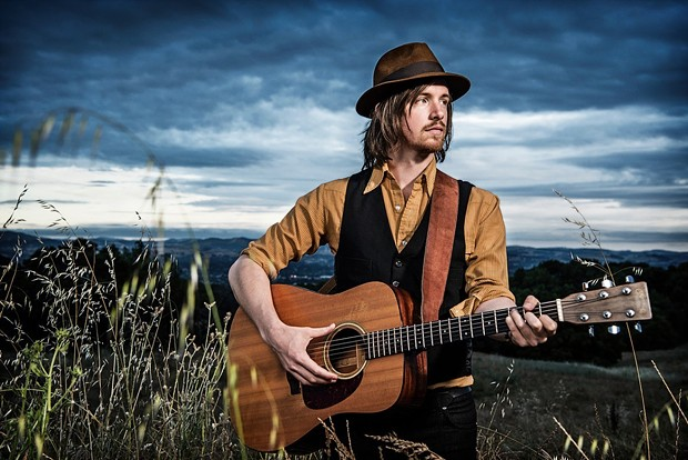 David Luning headlines the Rivertown Revival edition of 'Living Room Live' this weekend.