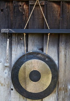 tr-gong-1.jpg