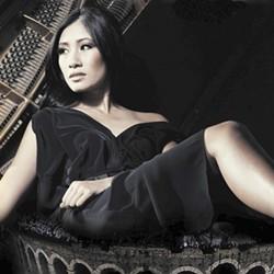 Pianist Van-Anh Nguyen.