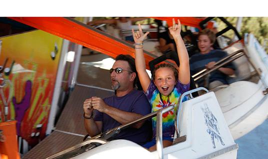 thunder-bolt-carnival-ride.png