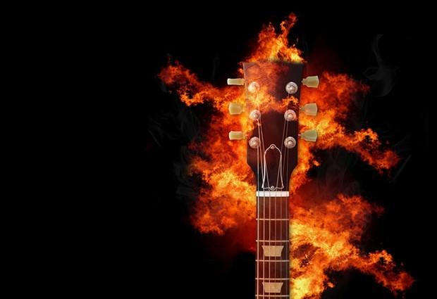 guitar-2635044_960_720.jpg