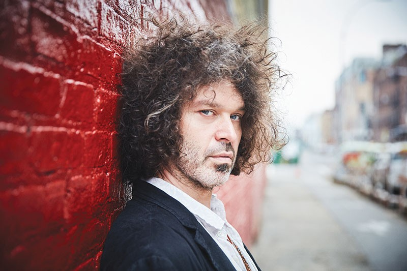 HAIR APPARENT Doyle Bramhall II was born to a Texas blues rocker, but his influences range far and wide.