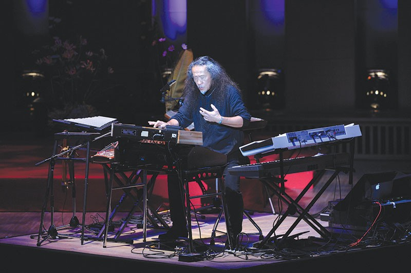BIG BANG  Sonoma County's Kitaro fuses music with cosmic images for his new performances.