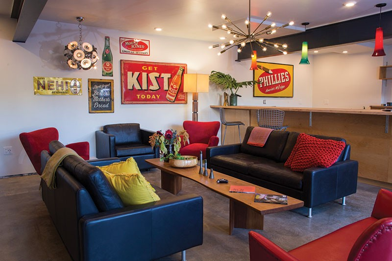 RETRO RECLINERS  Motels like Santa Rosa's Astro have reinvented themselves by looking back.