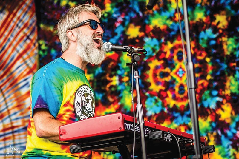 DEAD DREAMS Scott Guberman's love for the Grateful Dead sent him west to the North Bay.