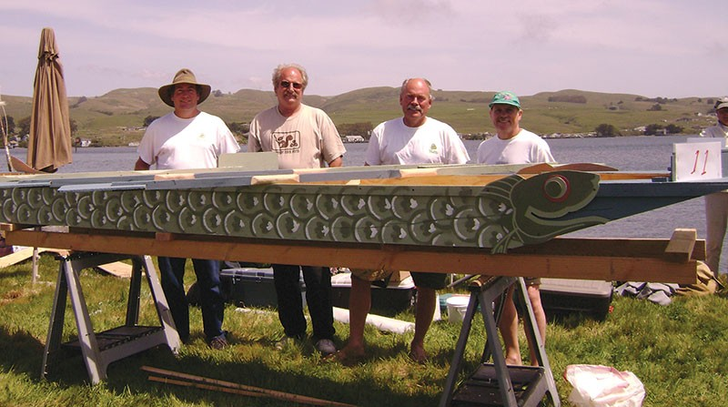 VESSEL VENTURE Ken Swindt (second from right) and his team, the Wasabi Rockets, prepare for competition.