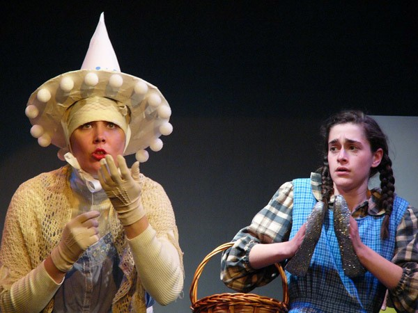 WITCHY WAYS Tessa Rissacher and Taylor Diffenderfer star in a lively staging of 'Wizard of Oz.' - ERIC MONRAD