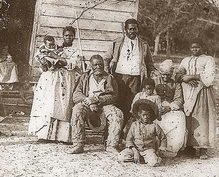 1862 photo of slave family in Beaufort, S.C., taken by Thomas O'Sullivan, courtesy of old-picture.com