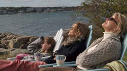 CLAUDETTE BARIUS / PICTUREHOUSE - A PLACE IN THE SUN: Mary (Meg Ryan, center), her daughter (India Ennenga) and her mother (Candice Bergen) get far away from the big-city scandals in The Women.