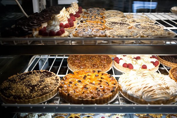 A smörgåsbord of sweets from one event provider, Amelies French Bakery