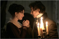 Anne Hathaway and James McAvoy in Becoming Jane - COLM HOGAN / MIRAMAX FILMS