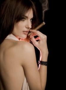 beautiful_girl_with_cigar-1