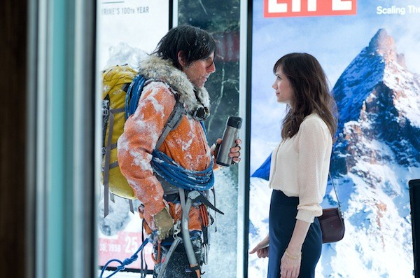 Ben Stiller and Kristen Wiig in The Secret Life of Walter Mitty (Photo: Fox)