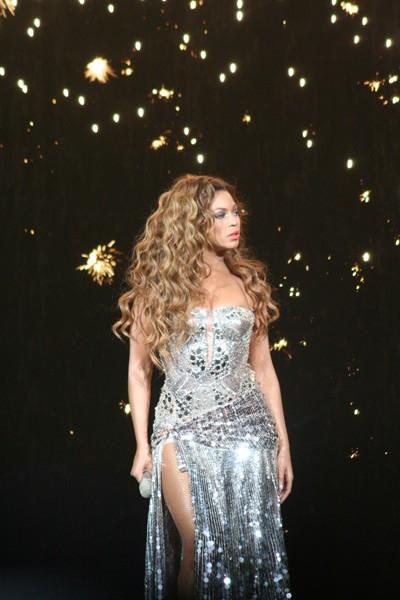 Beyoncé (Charlotte Bobcats Arena, July 29)