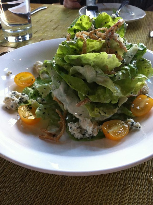 Bibb salad with Maytag crumbled bleu, heirloom tomatoes, crispy onions and Green Goddess dressing