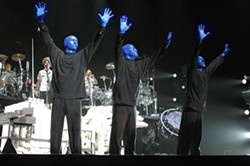 BLUE MAN GROUP Colorful characters will perform this fall at the Bobcats Arena - DARBE ROTACH © BMP