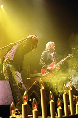 COURTESY VERIZON AMPHITHEATRE - BROTHERS OF A FEATHER Chris and Rich Robinson